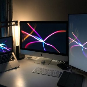 折后€1119 原价€1636Apple iMac 台式电脑 Retina 4K 21英寸 256 GB 大屏更爽
