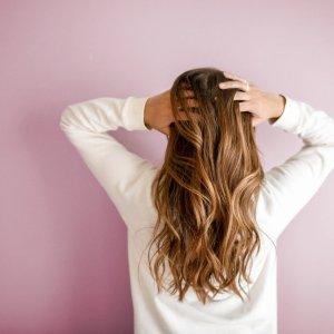 变相3折 英国第一生发片圣诞清单:英国防脱发、防秃、生发口服营养汇总 Hairburst、Viviscal选购指南
