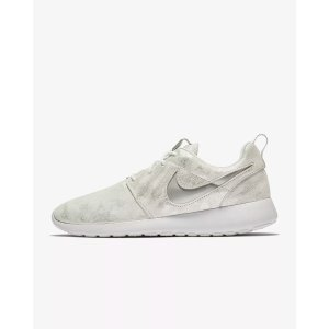 7c4c8817dc71 Clearance   Nike.com Last Day  Extra 20% Off + Free Shipping - Dealmoon