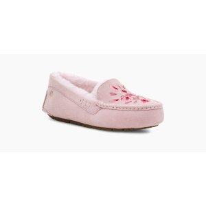 UGG刺绣豆豆鞋