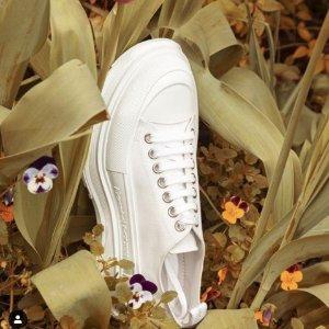 1.5折起 £199收骷髅围巾Alexander McQueen 全场大促开始 多款小白鞋、切尔西靴参与