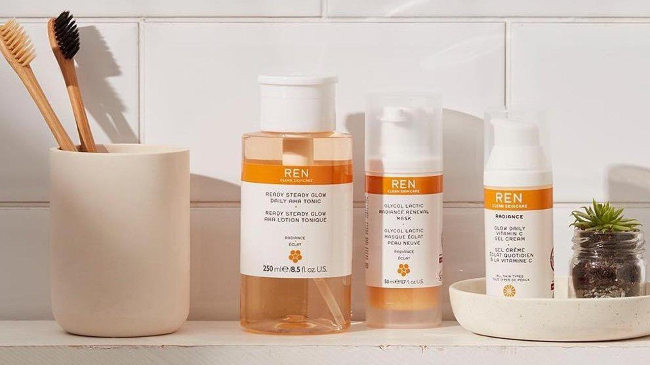 开箱实测:温和果酸清洁焕肤初体验!英国有机护肤品牌REN值不值得买?