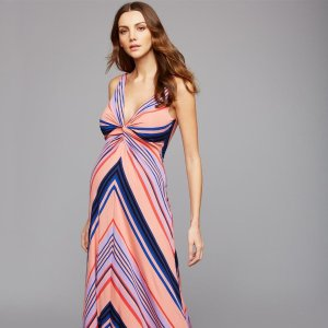 40% OffExtended: Select Full Price Styles @ A Pea in the Pod