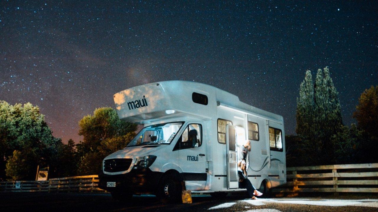 开着房车RV游遍加拿大 | 盘点房车网站、挑选技能、注意事项和建议......