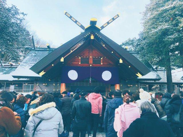 我在北海道神宫前合掌许愿,也在札幌...