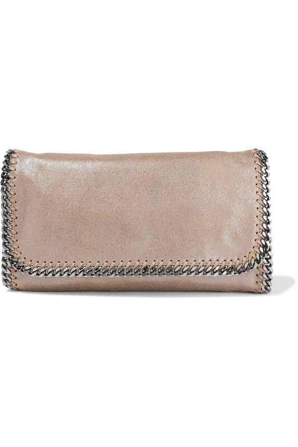 金属色手拿包