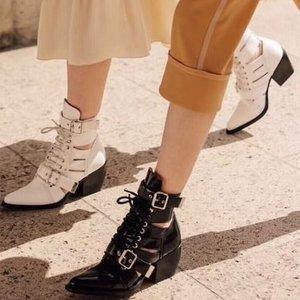 低至3折 收Miumiu Balenciaga等大牌最后几小时:SSENSE 冬季必备战靴合集 价格超低 速来入