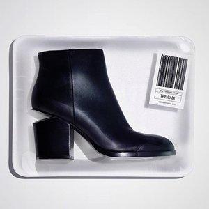 $440.86(原价$881.72)Alexander Wang 大王经典断根靴黄金码速收