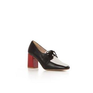 NINA HAUZERThe Grace Black Shoes