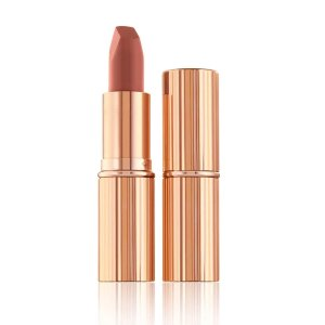 Charlotte TilburyMATTE REVOLUTION SUPER MODEL