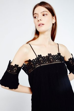 AMT Off-the-shoulder Dress with Lace Trim