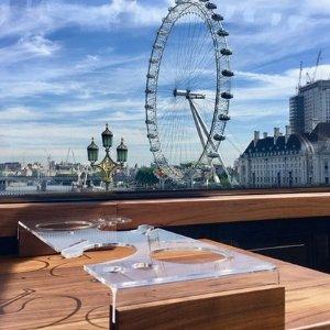 低至6折 大巴上的Fine Dining体验Bustronome 伦敦奢华大巴美食游 精致美食与特色景点的碰撞