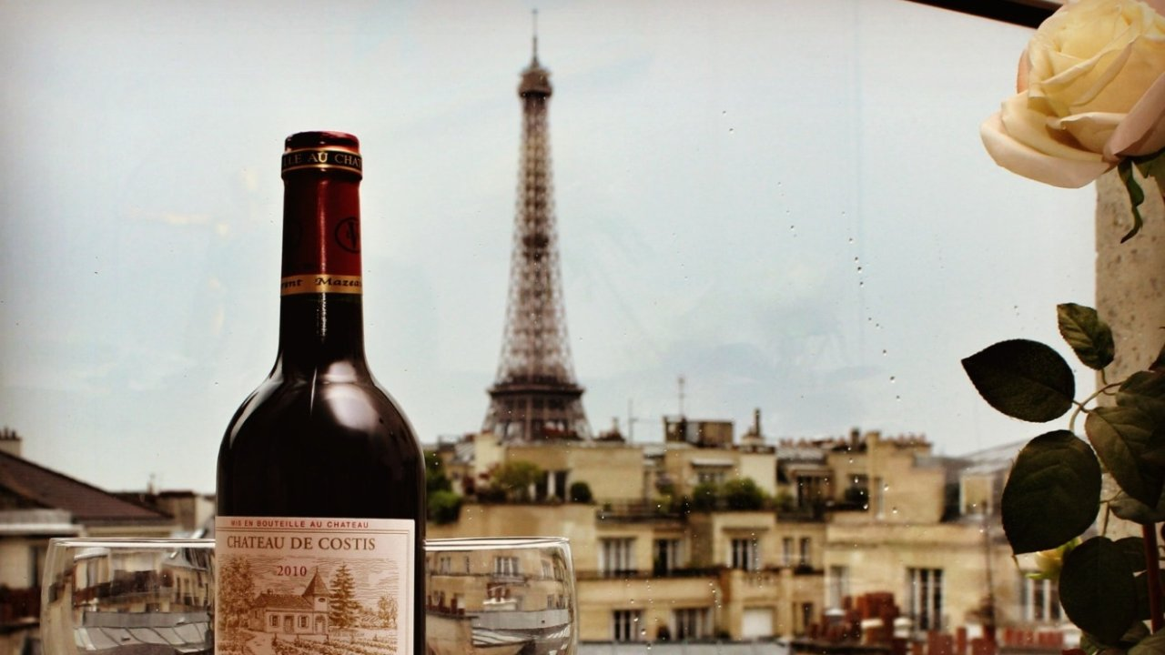 叮!巴黎网红酒店打卡攻略!开窗就能看见铁塔,刷爆朋友圈~