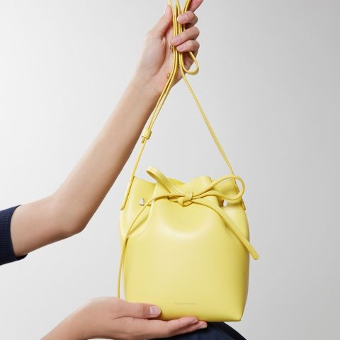 低至4折+额外8折折扣升级:Mansur Gavriel 美国最难买包包闪促 米兰达·可儿超爱