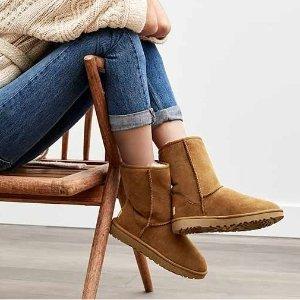$67 UGG Women's Ankle-High Suede Boot @ Rakuten Buy.com