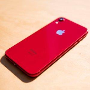 可能是现在最漂亮的iPhoneiPhone XR 小编第一时间上手体验