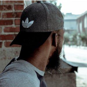 低至5折+额外8折折扣升级:adidas配饰专场 潮流渔夫帽 明星同款棒球帽 酷炫包包