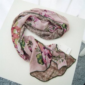 低至3折 €148收丝巾Gucci 经典款限时闪促 围巾、皮带、开衫、首饰全都有