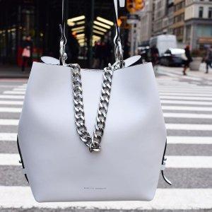 低至3.6折 封面拼色双肩包$100+Rebecca Minkoff 折扣区美包、美衣、美鞋热卖