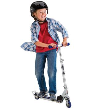 $48.16 (原价$68.74)Razor A2 儿童滑板车 蓝色