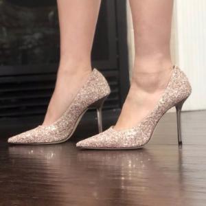 官网没货的这码数全 romy 平底水晶鞋 原价495欧 6折后仅297欧最后一天:JIMMY CHOO 水晶鞋最火的几款全部6折特价,年会必备战靴