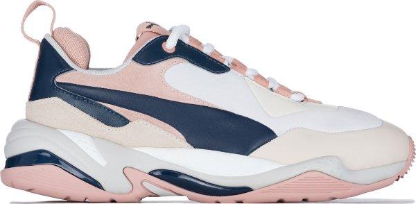 拼色运动鞋