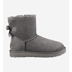 UGG                       蝴蝶结雪地靴