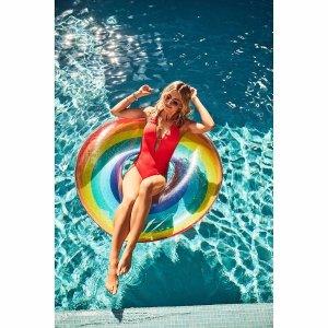 彩虹游泳圈