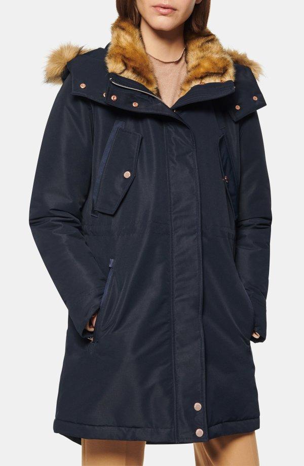 Faux Fur Trimmed 外套