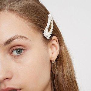 低至2折 法式珍珠发饰£2Urban Outfitters £10以下绝美发饰 法风珍珠不容错过