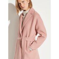 粉色羊毛大衣