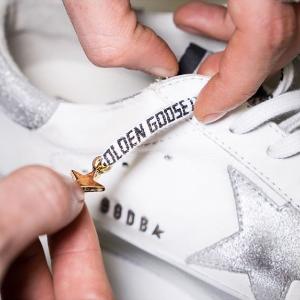 8折+折扣区可叠加 £248收渐变小脏鞋Golden Goose 小脏鞋热卖 不脏不潮 独一无二的潮