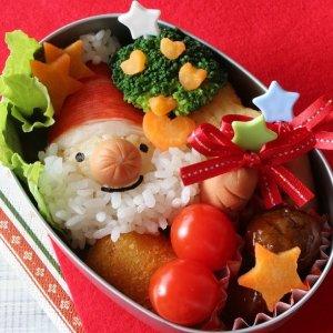 满额即赠超值礼包 内含抹茶脆脆鲨等人气零食Japan Centre 圣诞小甜心礼包上线 敲可爱圣诞老人,招财猫可选