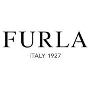 低至5折+折上8折 £105收李沁同款Furla 经典款闪促中 明星街拍的香饽饽