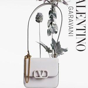4.2折起 $291收晒货铆钉卡包上新:Valentino 包包专区 $835收铆钉链条包 优雅精致