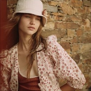 2折起+叠8.5折 £52收蕾丝上衣Sandro Paris 法式美衣再降价 解锁经典优雅风 春夏新品法风上线