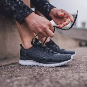 SauconyLiteform Feel男鞋多色选