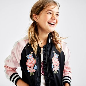 Up to 75% OffSitewide Sale @ Children's Place