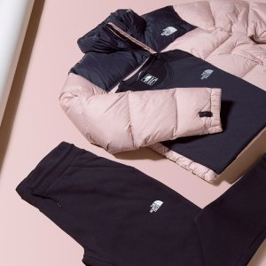 Under $100The North Face Gift Guide