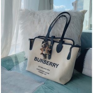 Burberry帆布材质Belt logo 挎包