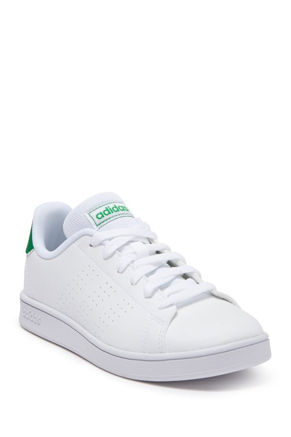 儿童运动鞋