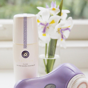 15% offLast Day: PURE ONE STEP CAMELLIA CLEANSING OIL @ Tatcha