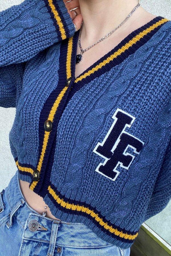 海军蓝开衫