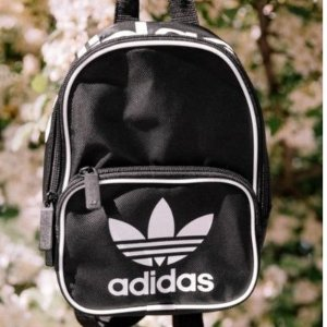 额外75折 $38收封面开学季:Adidas、Champion等双肩包特卖 你的书包需要更新