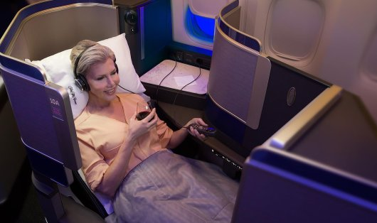 美联航联名卡 史高开卡奖励65,000里程美联航联名卡 史高开卡奖励65,000里程