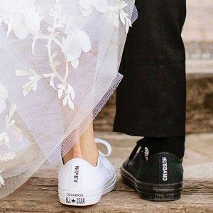 首单8折!全场低至€64Converse 定制帆布鞋专场 520制作独一无二款情侣鞋、婚鞋