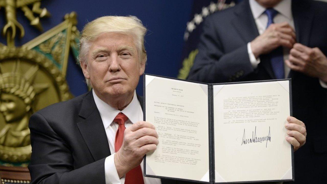 总统签署扩大移民限制行政令,H1B, J1, L签证均受到影响!