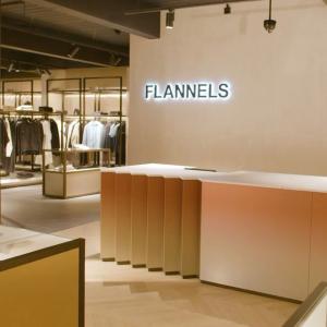 2折起! £56收小土星T恤Flannels 奥莱区清仓价 Gucci、YSL、Burberry、麦昆等全都有