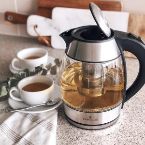 $39.95(原价$69.95)CL Cuisiluxe 两用透明电热水壶 自带可拆卸茶网 直接煮茶喝
