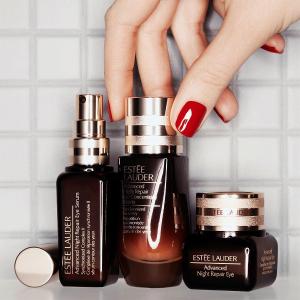 送最高4重好礼Estée Lauder 美妆护肤品促销 套装更超值